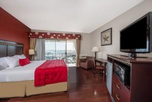 Ramada by Wyndham San Diego Airport - 1 King Bedroom at San Diego Airport Ramada